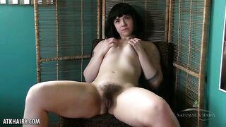 Ruby Roxx - Hairy Pussy