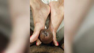 Milking the cock - Foot Jobs