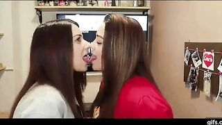 Kissing challenge - Frenching