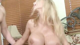 Sexy rippling