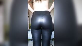 Gone Wild from GB/UK: Any fans of shiny leggings here?